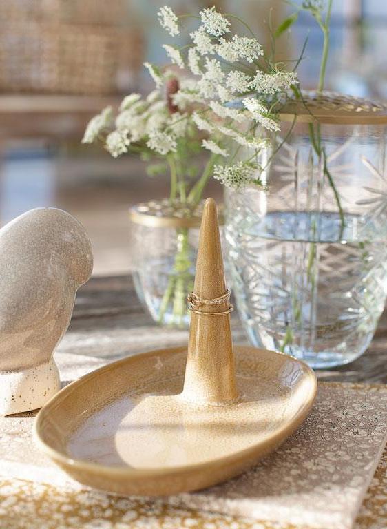 A Simple Mess Vase Kanya 10cm
